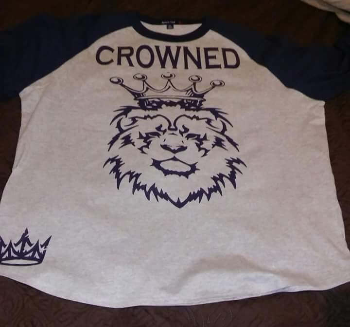 crowned signature t-shirt 9